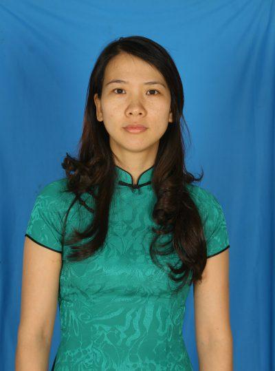 Cô Trịnh Thị Thu Hòa