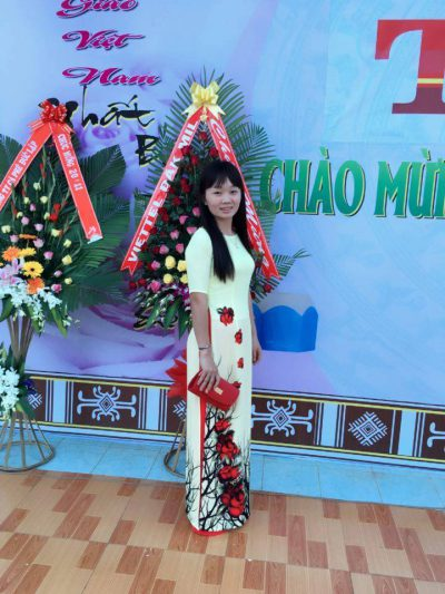 Cô Trần Thị Kim Nguyên