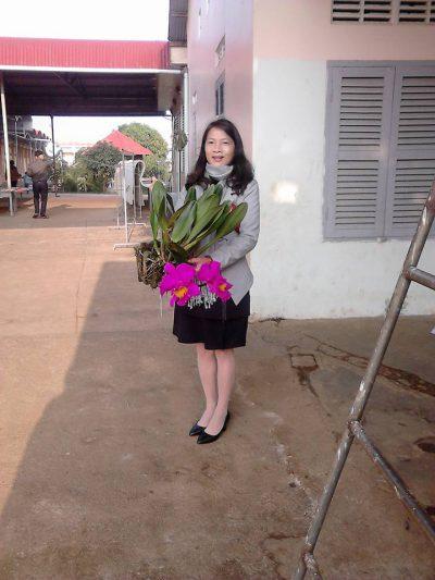Cô Nguyễn Nữ Ánh Trinh